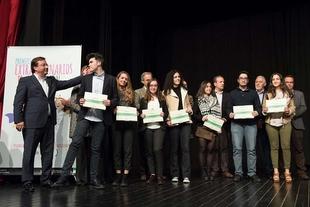 Irene Sánchez Santiago, del CEIP Cruz Valera de Fuente del Maestre, recibe un premio extraordinario de la Junta de Extremadura